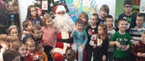 Deda Mraz i deca