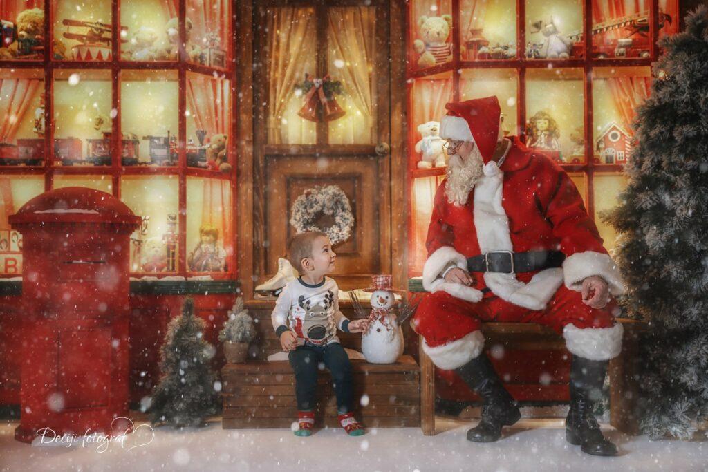 Santa Claus scenography