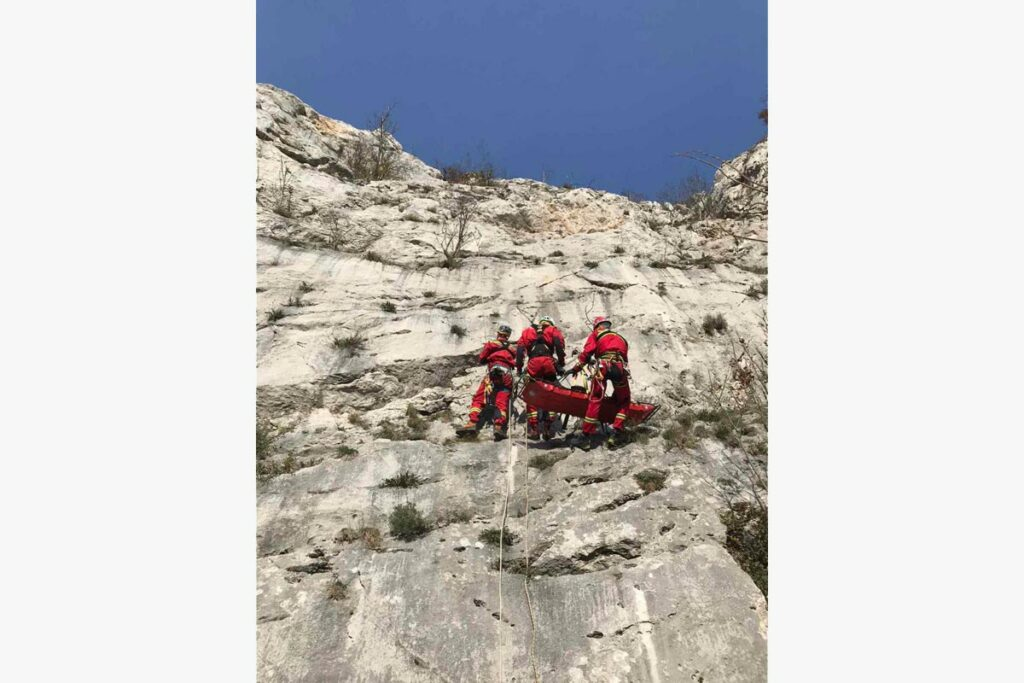 mountain rescue service serbia, rescuing